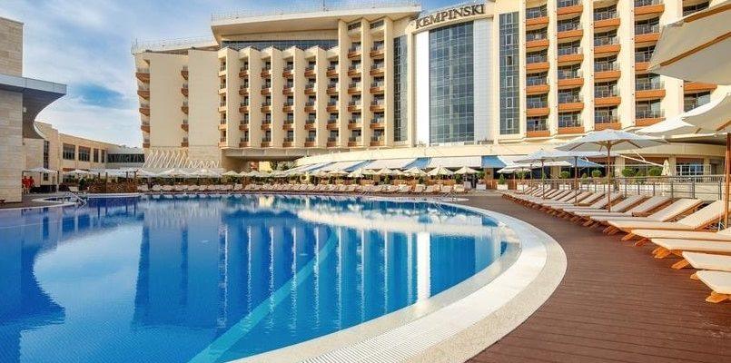 Самый дорогой отель в Геленджике